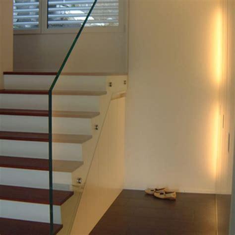 garderobenschrank mit umlaufender beleuchtung homeplan - Beleuchtung Unter Treppe