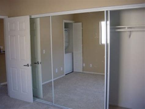 Slide Door Closet Replacing Sliding Closet Doors And Track Buzzardfilm