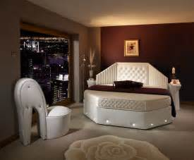25 magnificent unique rounded bed bedrooms