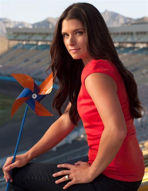 danica patrick wants a haircut danica patrick nascar woman hairstyles 2012 women