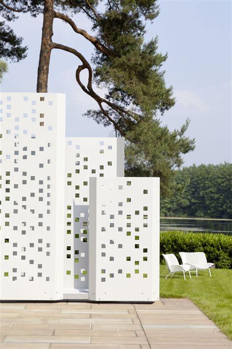 designer sichtschutz garten im quadrat moderner sichtschutz quot separo quot metall
