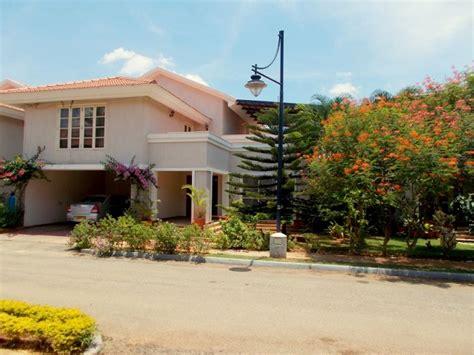 prestige ozone whitefield 2200 sft villa rs 2 40 crs