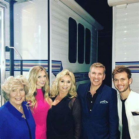 todd chrisley and julie todd julie chrisley with daughter lindsie chase
