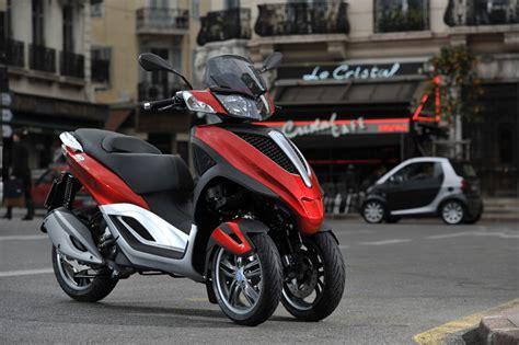 Führerschein Klasse 3 Motorrad 250ccm by Essai Du Piaggio Mp3 125 Yourban