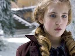 book thief hairstyles 17 best images about sophie nelisse on pinterest