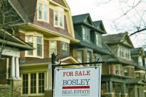 Toronto Property Records Toronto Housing Sales May Set Record In 2016 Report