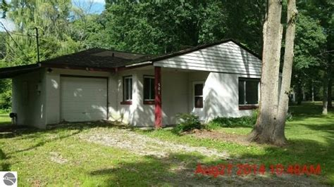 Homes For Sale In Midland Mi by Midland Michigan Reo Homes Foreclosures In Midland