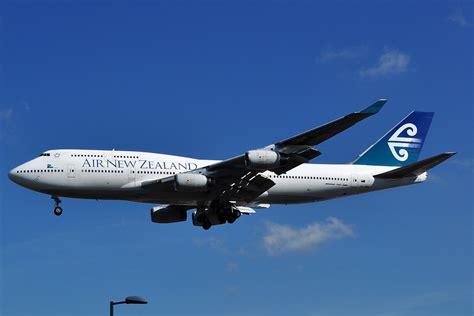 air new zealand file boeing 747 400 air new zealand zk nbu jpg