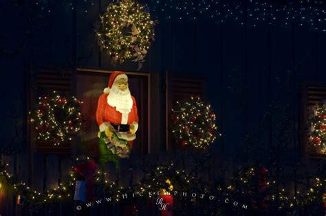 santa claus display christmas lights photo information