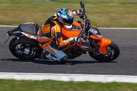 Ktm Motorräder Videos by Ktm 1290 Super Duke R Gripparty Pannoniaring 2014