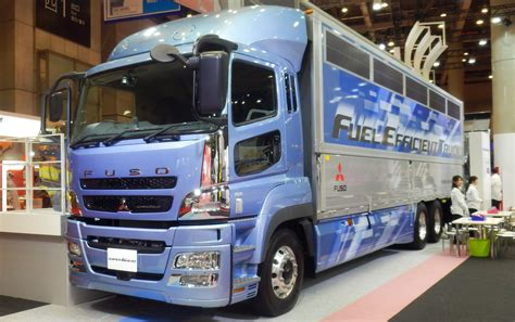mitsubishi trucks 2014 daimler trucks invests 300 million in mftbc and dicv