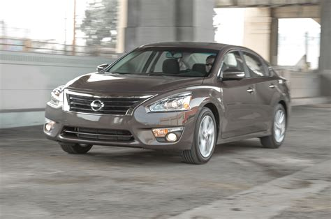 price of 2015 nissan altima 2015 nissan altima review specs price