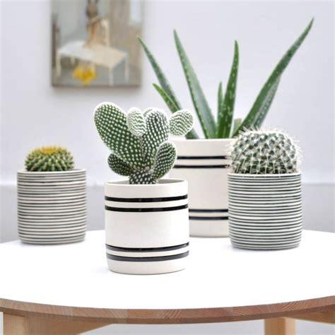 how to paint a ceramic l base 25 best ideas about paint pots on painting