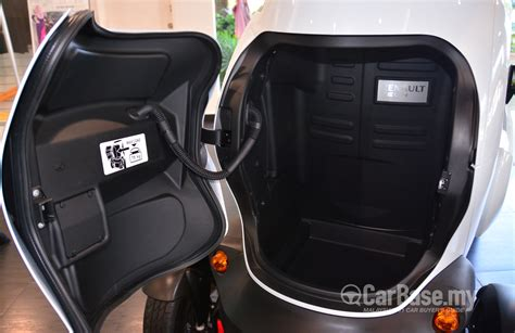 renault twizy interior renault twizy 1st 2015 interior image in malaysia