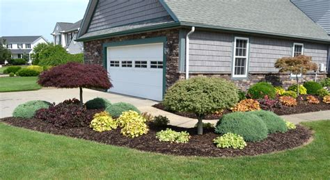 Simple Front Yard Landscaping Ideas Pictures Amys by Garden Ideas Front House Design Photo Album Patiofurn And