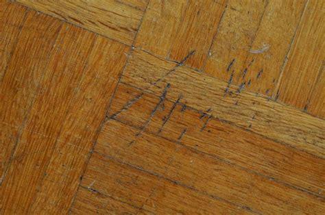 kratzer im laminat entfernen kratzer im parkett ausbessern und entfernen zuhause net