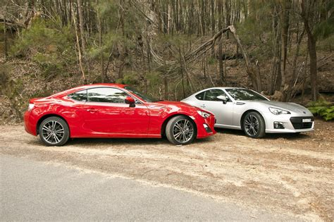 toyota subaru toyota 86 vs subaru brz comparison review photos 1 of 18