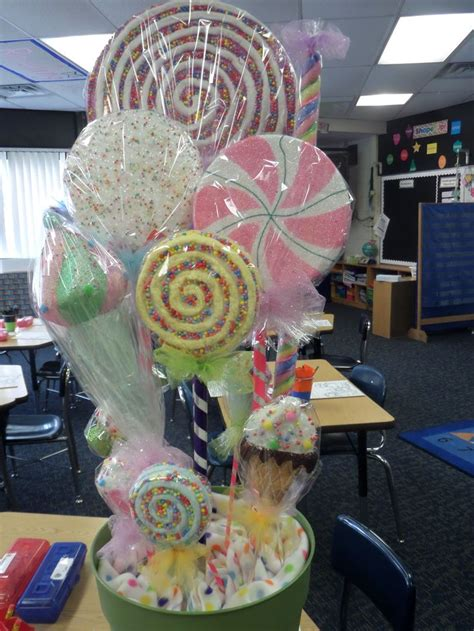 Candyland Classroom Decorations by 1000 Images About Education On Pocket Charts
