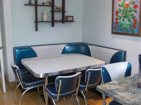 Bar Chairs For Kitchen Island Booth Seating Island City Retro Kitchen Home