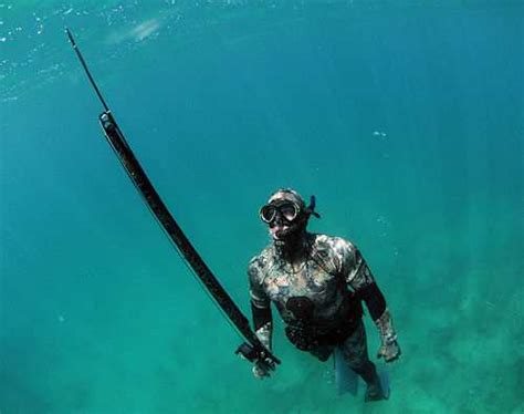 apocalypse spear spearfishing with a speargun how to survive a waterworld