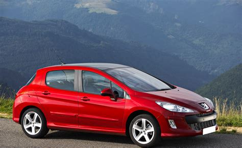 peugeot cars south africa the curvaceous new peugeot 308 vs the peugeot 307 auto