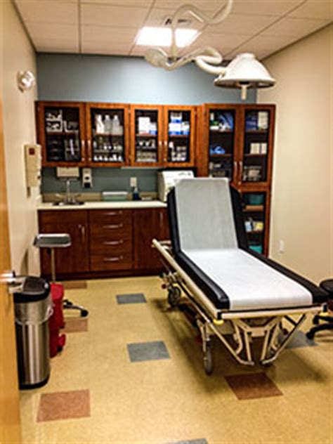 urgency room hours urgent care vs emergency room cape may court house nj
