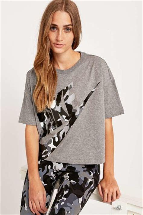 Tshirt Nike Before Pople nike camo logo cropped grey t shirt in gray grey lyst