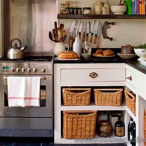 country kitchen ideas for small kitchens best 25 small country kitchens ideas on country kitchen shelves farmhouse kitchens