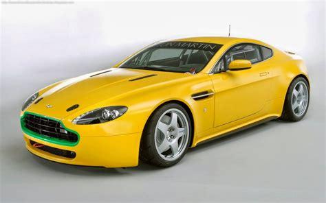 yellow cars beautiful wallpapers beautiful yellow cars wallpapers desktop
