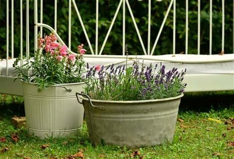 Garden Decoration Diy by Diy Garden Decoration 12 Best Eco Friendly Outdoor D 233 Cor