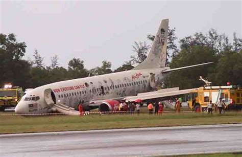 airasia accident air asia pm flip flop abdullah s bail out in the making