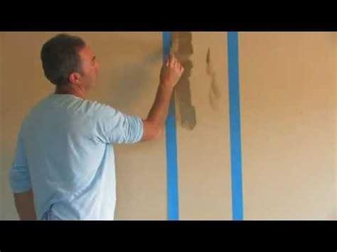 membuat grafis garis vertikal warna  dinding rumah