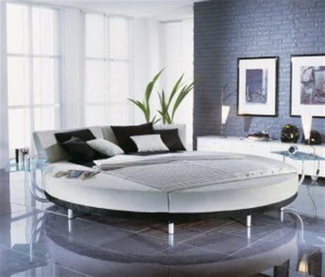 tiende tu cama y otros pequeã os hã bitos que cambia edition books camas redondas funcionales decoraci 243 n de interiores y