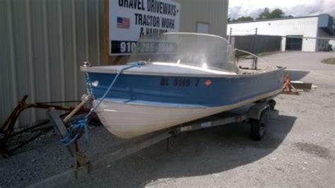 vintage starcraft aluminum boats classic vintage 14 foot starcraft aluminum boat trailer
