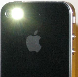 how to turn off flashing light on iphone turn your iphone 4 led flash into a flashlight
