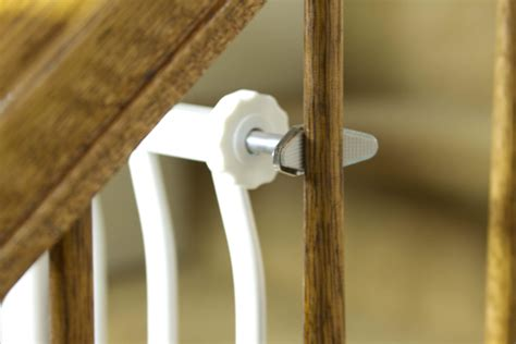 dream baby banister gate adapter dream baby banister gate adaptors by oj commerce l196a