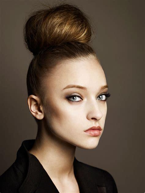 hairstyles top buns summer wedding hair inspiration top knot high bun