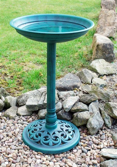 new ornamental traditional pedestal bird bath outdoor