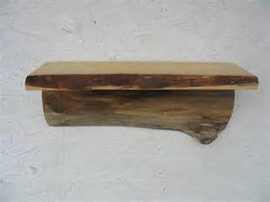 regal naturholz rustic primitive tree wood shelf salvaged recycled wall