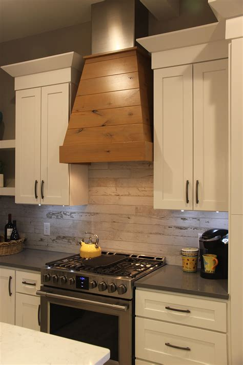 Wood Kitchen Backsplash Wood Look Ceramic Tile Countertop Roselawnlutheran