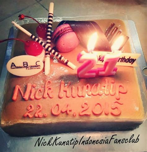 Kacamata Happy Birthday nick kunatip pindpradab birthday nick kunatip indonesia