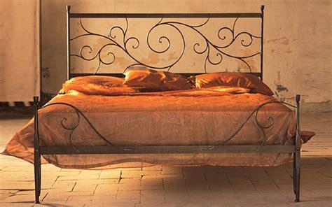 letto baldacchino ferro battuto letto in ferro battuto ares letti in ferro battuto