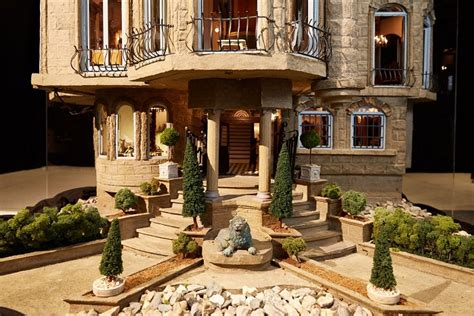 7 million dollhouse the world s most expensive dollhouse babamail