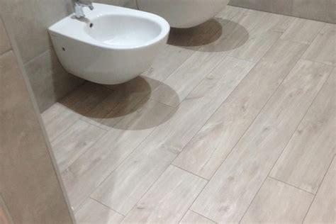 laminato per bagno emejing laminato per bagno ideas acrylicgiftware us