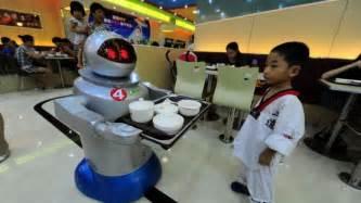 robotic wall china s wall e restaurants flaunt their robotic waiters