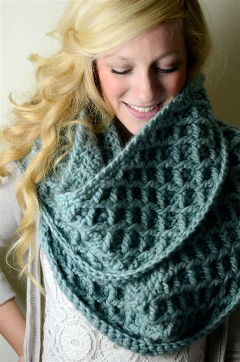 How Should An Infinity Scarf Be Winter Infinity Scarves Collection Trendy Mods