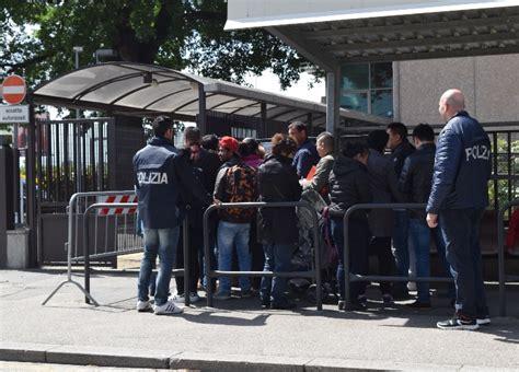 polizia di stato permesso di soggiorno stranieri polizia di stato questure sul web prato