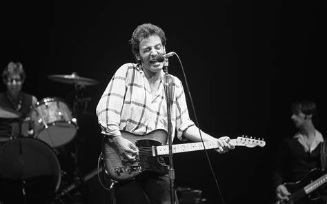 bruce springsteen best songs top bruce springsteen hits of the 80s