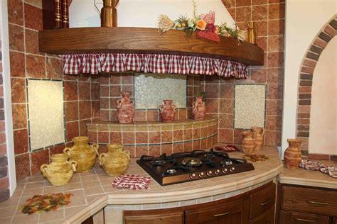cucine piastrellate cucina in muratura casolare contado roberto