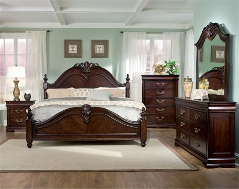 king size poster bedroom sets westchester 8 bedroom set the brick